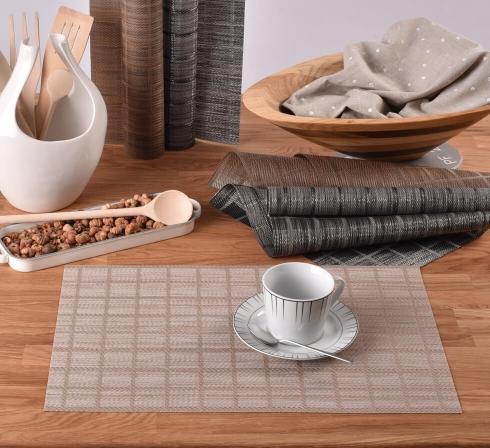 Praktické stolové prestieranie PVC